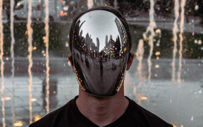 Identità reale e identità percepita: due rette parallele?